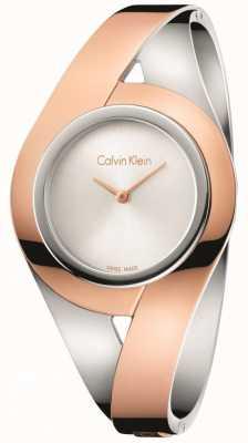 Calvin Klein Womans sensuele twee toon roestvrijstalen armband zilveren wijzerplaat s K8E2S1Z6