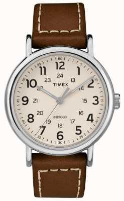 Timex Heren weekender bruin lederen riem witte wijzerplaat TW2R42400