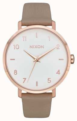 Nixon Pijl leer | rose goud / grijs | grijze leren band | witte wijzerplaat A1091-2239-00