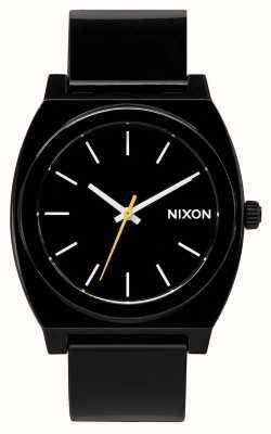 Nixon Tijd teller p | zwart | zwarte kunststof band | zwarte wijzerplaat A119-000-00