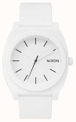 Nixon Tijd teller p | mat wit | witte siliconen band | witte wijzerplaat A119-1030-00